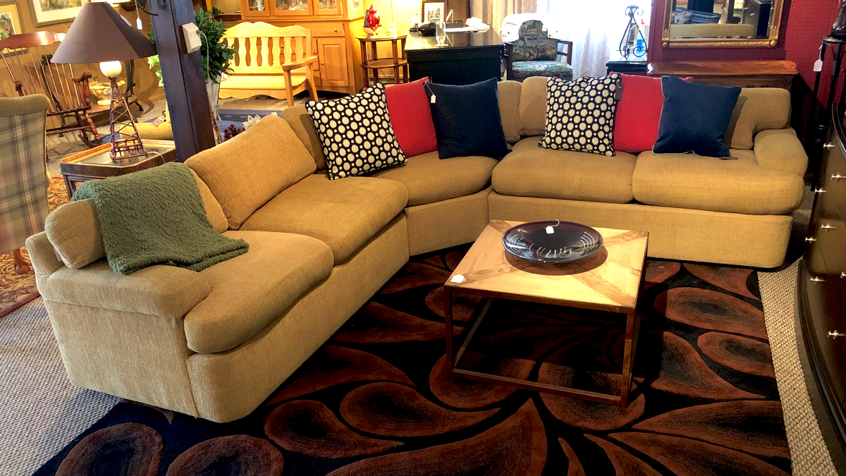 Ordinaire Located In Traverse City, Classic Consignment Home Furnishings Offers You A  Frustration Free Alternative To Selling Furniture On Your Own.
