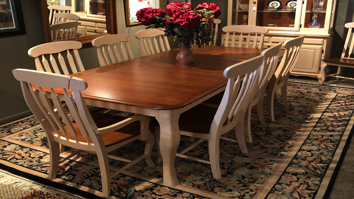 Located In Traverse City, Classic Consignment Home Furnishings Offers You A  Frustration Free Alternative To Selling Furniture On Your Own.
