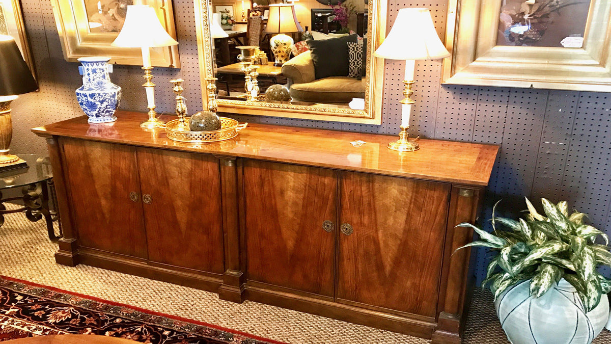 Amazing Located In Traverse City, Classic Consignment Home Furnishings Offers You A  Frustration Free Alternative To Selling Furniture On Your Own.